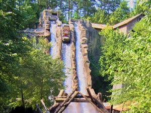 Dollywood Amusement Theme Park Rides & Tickets - Gatlinburg
